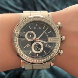 Gucci Stainless Steel Unisex Diamond Watch